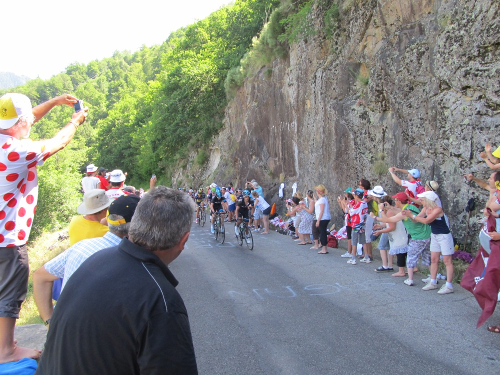 But Team Sky was very close behind and really closing fast.