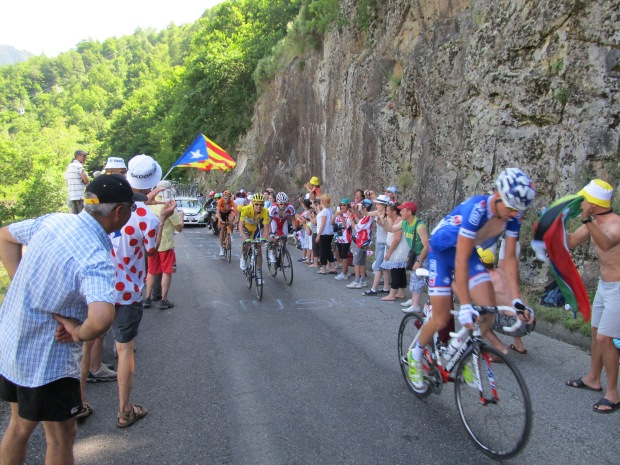 And here comes the Yellow Jersey...