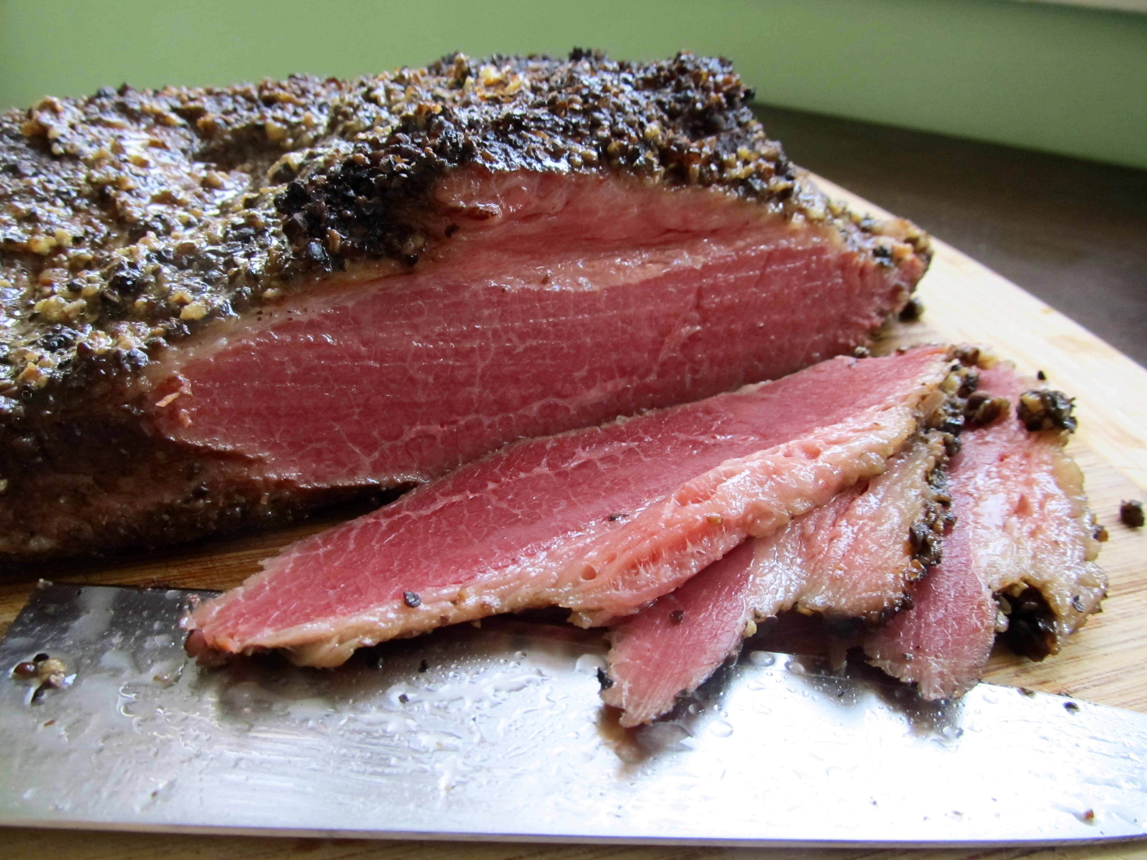 How To Make Homemade Pastrami A K A Smoked Meat The Roaming Gastrognome