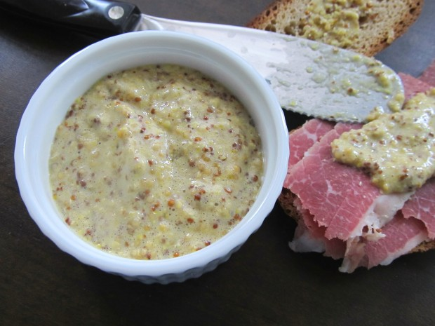 Homemade Grainy Mustard