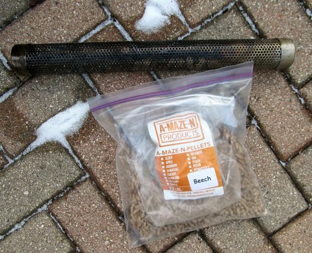 A-maze-n smoker tube