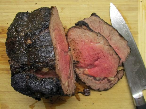 Pretty good looking roast beef, huh? Nice coffee rub crust on the outside. Tasty!